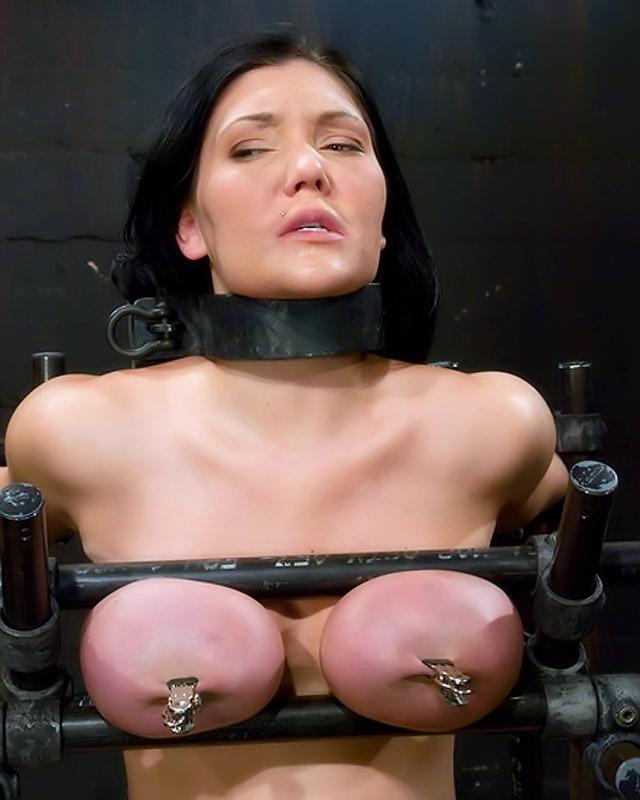 Взрослая женщина жаждет Садо-мазо секс